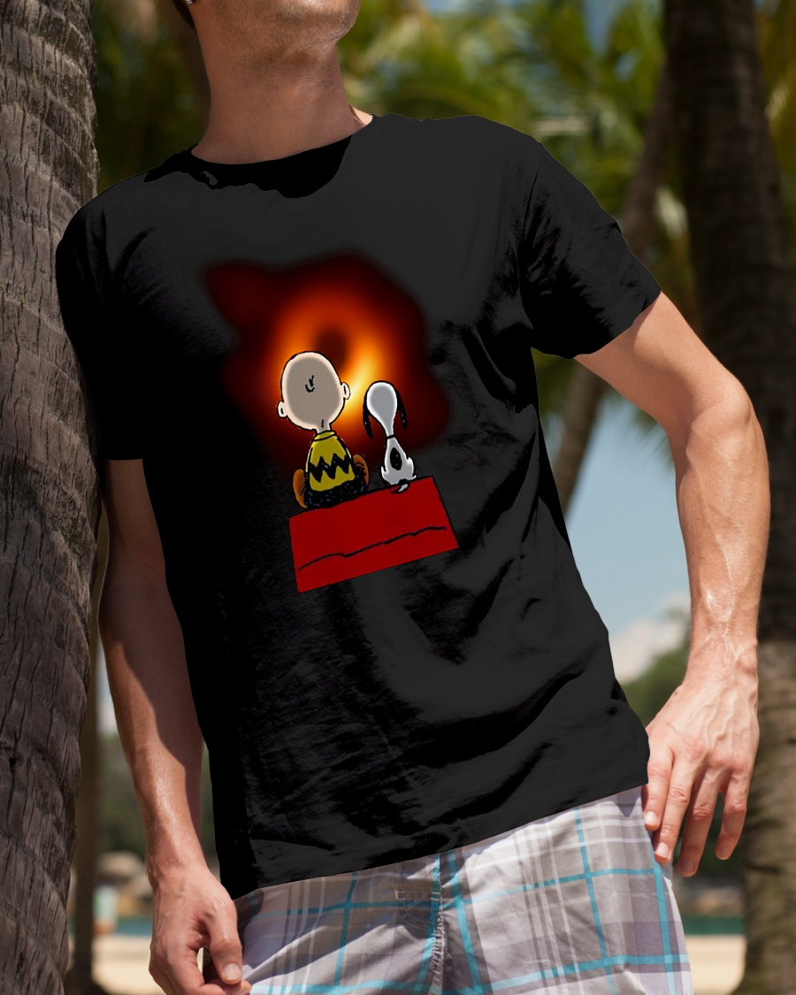Peanuts Charlie Brown and Snoopy watching Black hole shirt