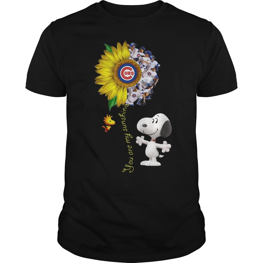 Snoopy and Woodstock you are my sunshine Chicago cubs sunflower Guys t-shirt